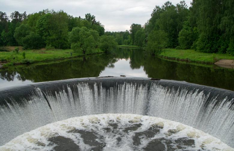 фото плотины им. Ленина
