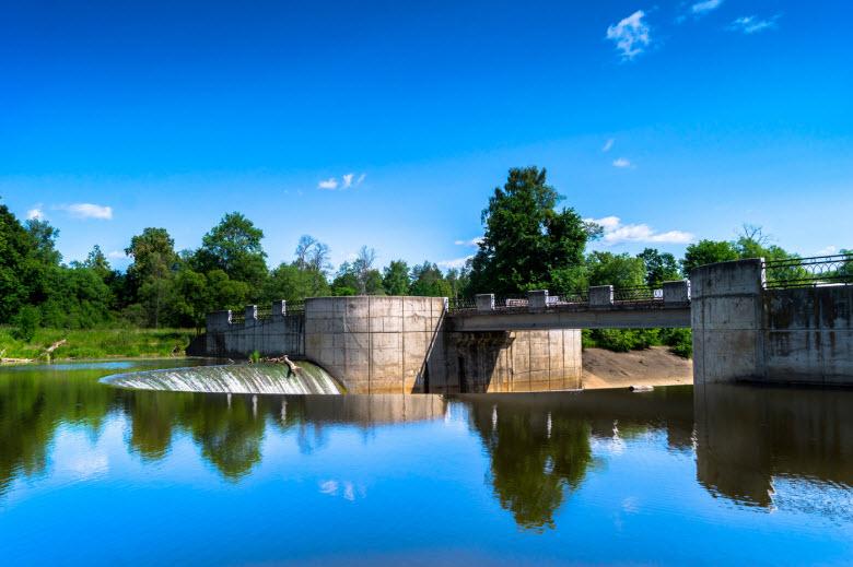 фотография плотины у Яропольца