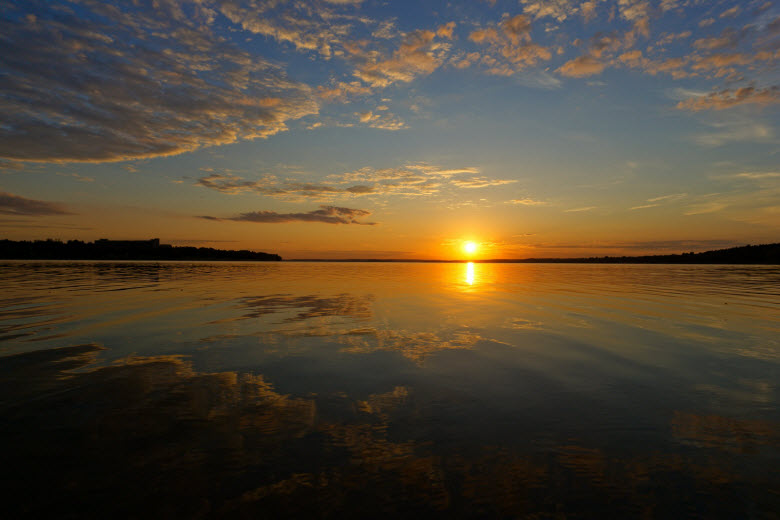 закат на Рузском водохранилище
