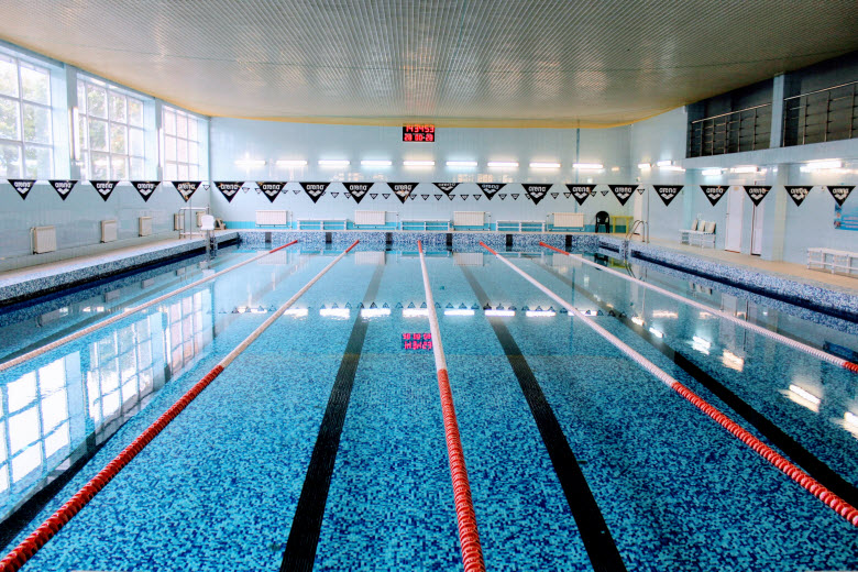 фото большого бассейна