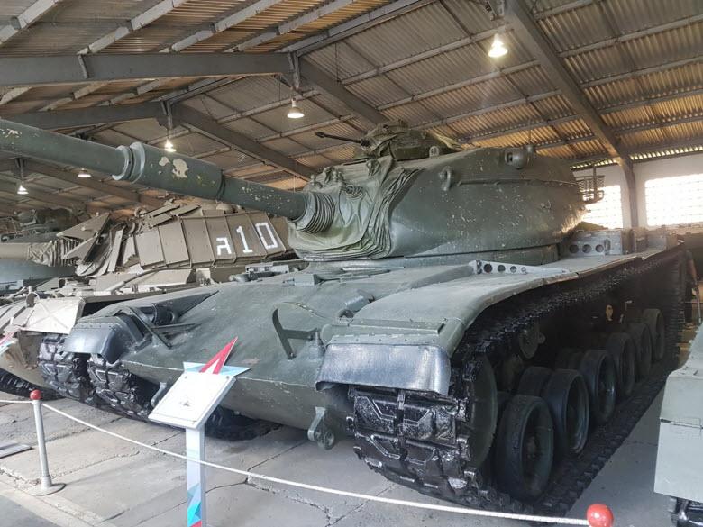 фото танка в музее
