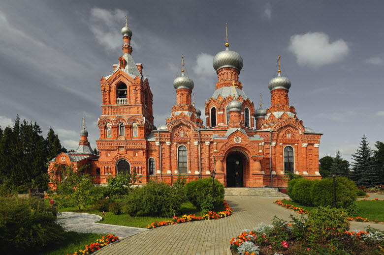 фото Воздвиженской церкви в Дарне