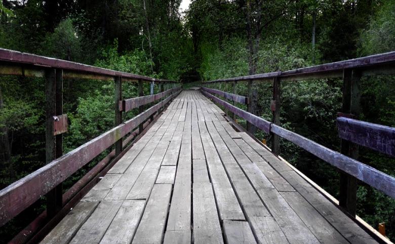 мост в районе Мозжинского оврага