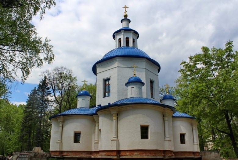 Успенский храм в Петрово-Дальнее